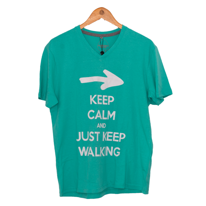 imagem do produto Camiseta Estampa Keep Calm and Just Keep Walking Masculina Gola V Manga Curta MT - Mundo Terra